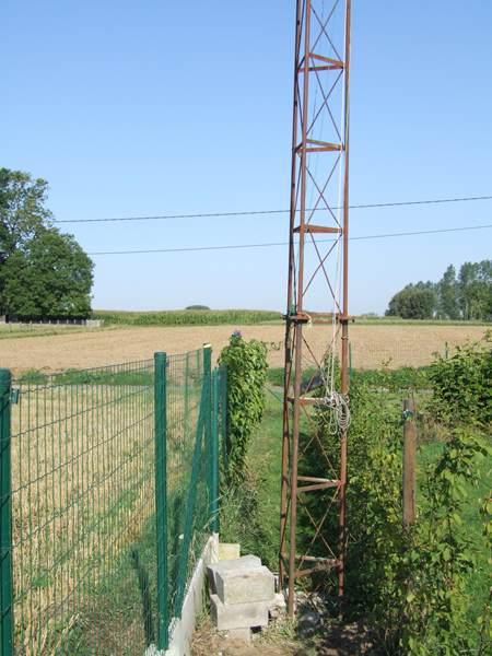 New small tilt over mast – ON5ZO – OQ5M